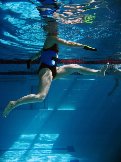 Vesijuoksija vedessä