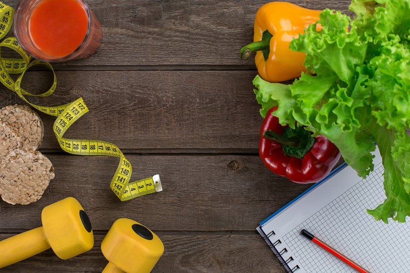 Painot, mittanauha, vihanneksia